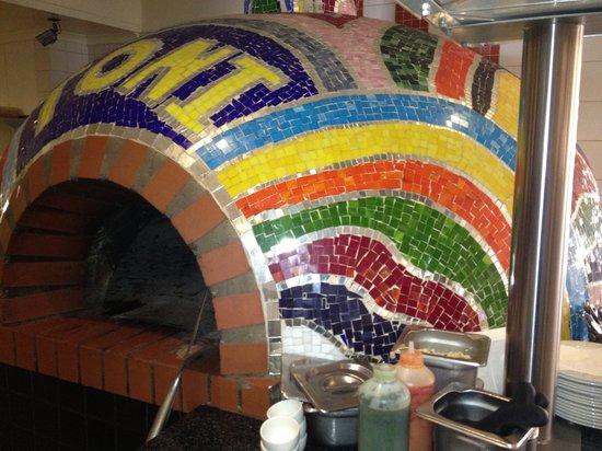 Toni's Pizza Menlo Park: Pizza Oven