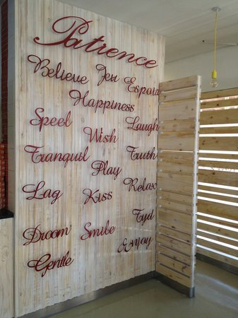Toni's Fully Furnished Pizza Co. : Dado Wall