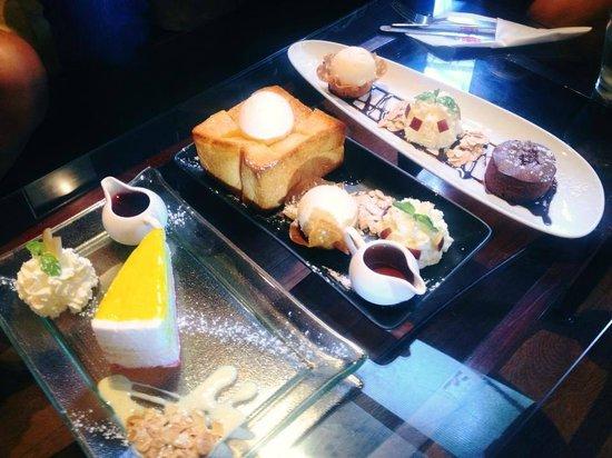 Thefabulousdessertcafe: Rainbow Chesecake & Honey toast & Chocolate satin