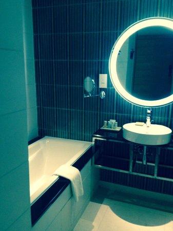 Radisson Blu Hotel, Bamako: Bathroom