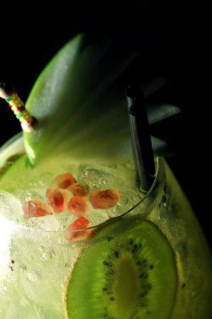 Rien de Rien Cocktail Club-  Live music & cocktails