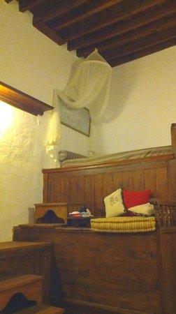 F Charm Hotel: letto singolo su soppalco