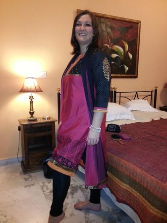 Saubhag Bed and Breakfast: Clothes Shopping