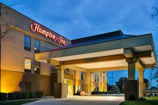 Hampton Inn Mattoon: Exterior