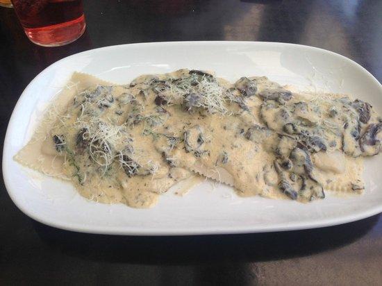 La Camera Restaurant Southgate: Ravioli funghi