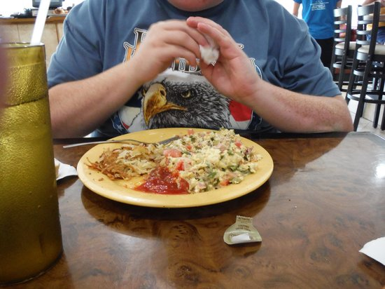 Mike's Galley : not so appetizing omelet