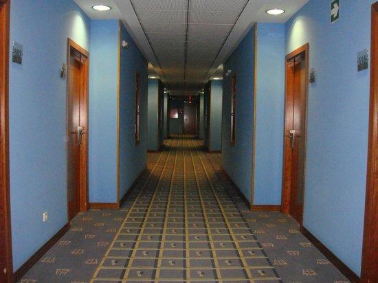 Extremadura Hotel : pasillo interior