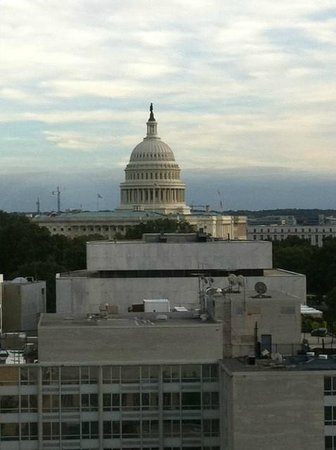 Washington Court Hotel on Capitol Hill: View Room 1601
