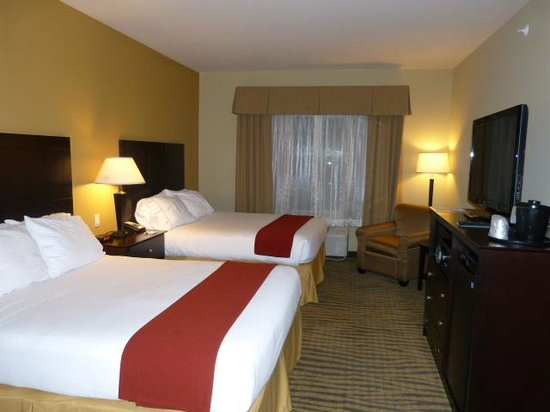 Holiday Inn Express & Suites Gallup East: Room 404