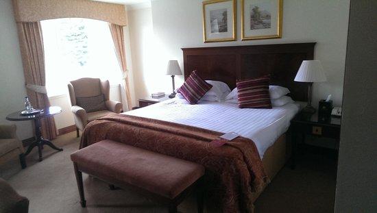 Macdonald Drumossie Hotel: Our lovely bedroom