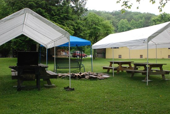 Two Rivers Lodge: Campsite