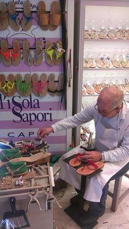 Tours of Amalfi Coast: Hand made shoes!