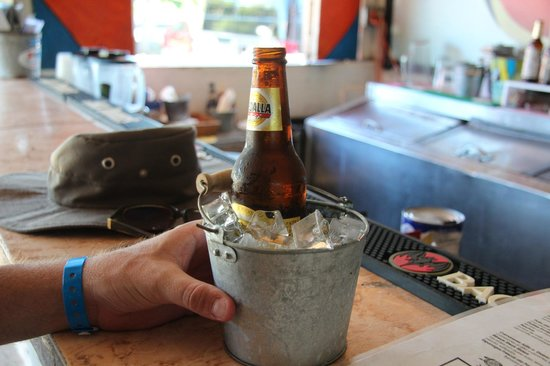 El Jefe Burger Shack: Beer get a custom chill
