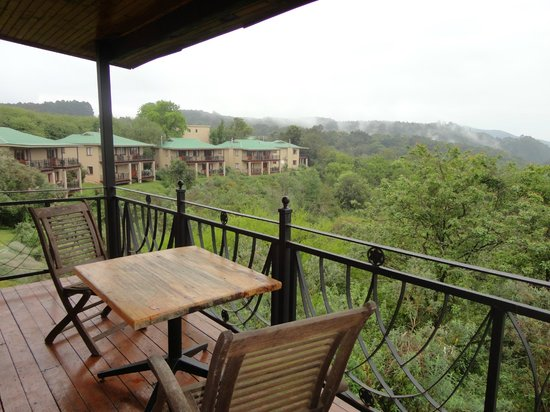 Magoebaskloof Hotel: Our balcony with a view.