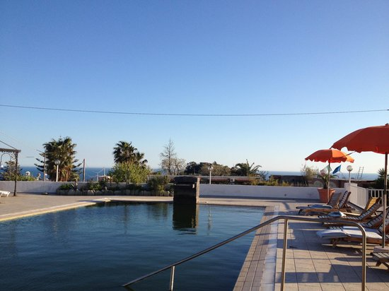 Residence Baia di Sorgeto: View from the pool looking south