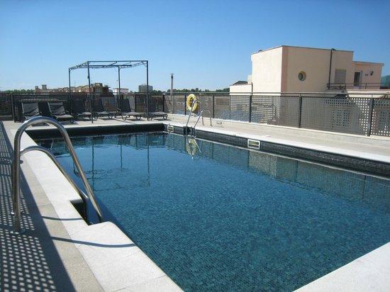 Hesperia Córdoba: la piscine sur le toît