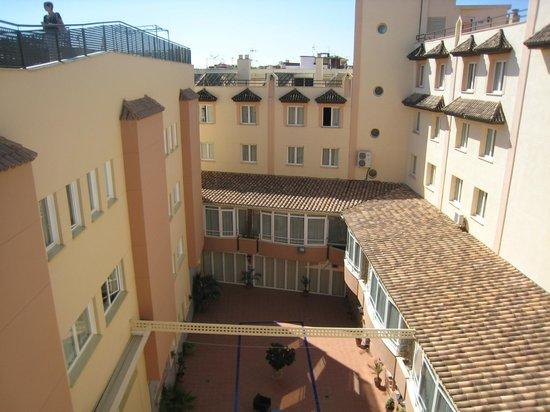 Hesperia Córdoba: vue sur le patio intérieur