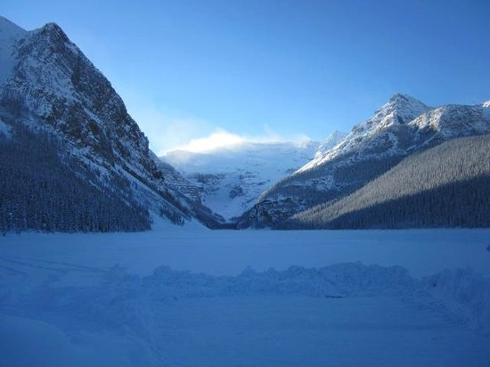 Fairmont Chateau Lake Louise: View of a frozen Lake Louise