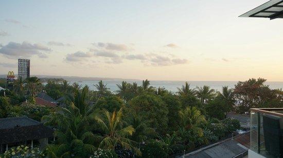 Sheraton Bali Kuta Resort: The view from 4th floor terrace