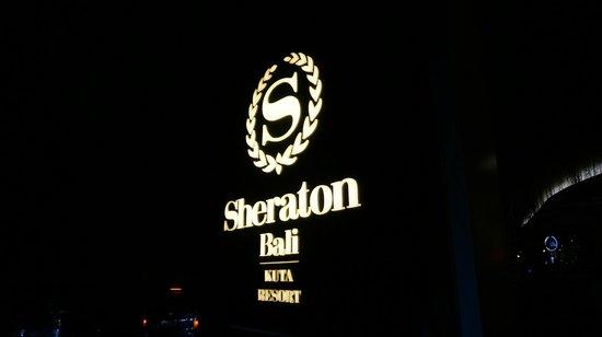 Sheraton Bali Kuta Resort: Sheraton Kuta at Night