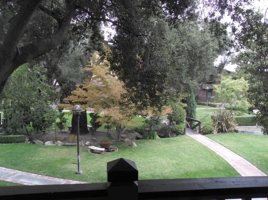 Paso Robles Inn: View of garden from 2nd story balcony