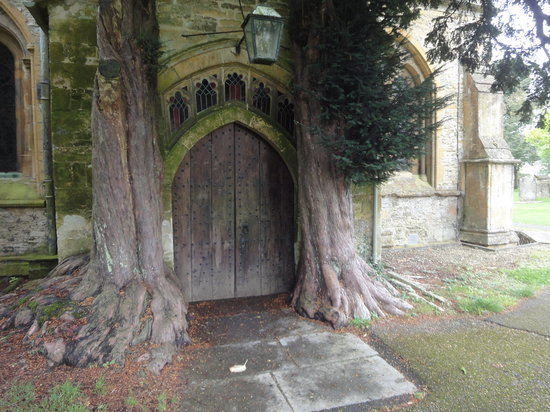Kooky Cotswold Tours: at Stow-in-the-Wold