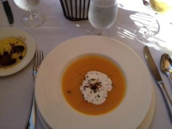 Hurley's Restaurant & Bar : Squash and pear soup