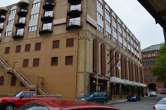 Riverwalk Plaza Hotel & Suites: Riverwalk Plaza