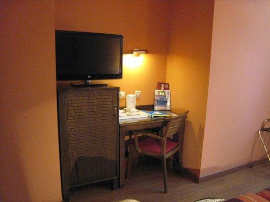 Senator Cadiz Spa Hotel: la salle de bains