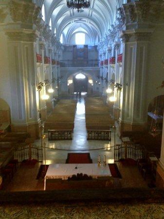 Basílica de Santa María de la Victoria: Blick vom Turm in das Kirchenschiff
