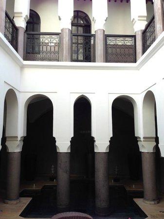 Riad Carllian: Inside atrium