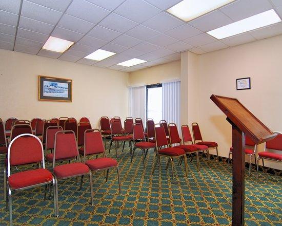 Red Roof Inn Nashville - Music City : Meeting Room