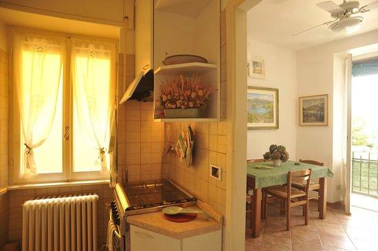 cucina soggiorno - appartamento Cavour - Picture of Il Sogno ...
