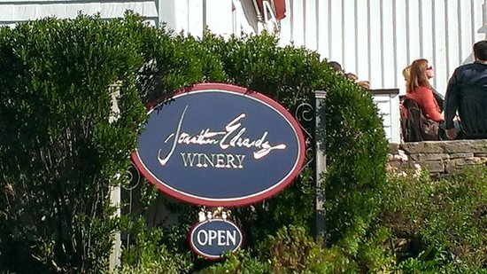 Jonathan Edwards Winery: Entrance