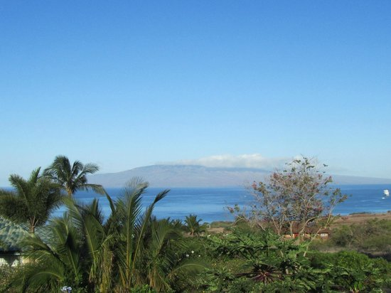 Ho'oilo House: View to Molokai