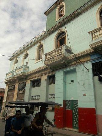 Hamel Hostel: Hostel from outside