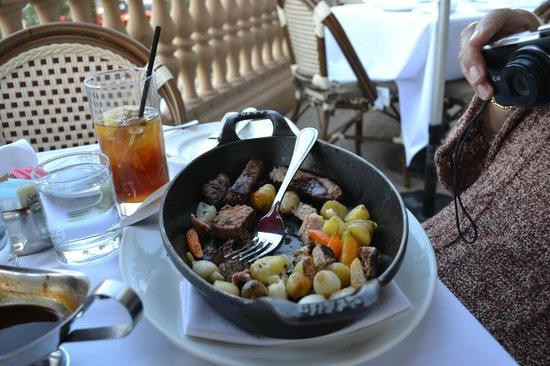 Morels French Steakhouse & Bistro: Porterhouse for 2