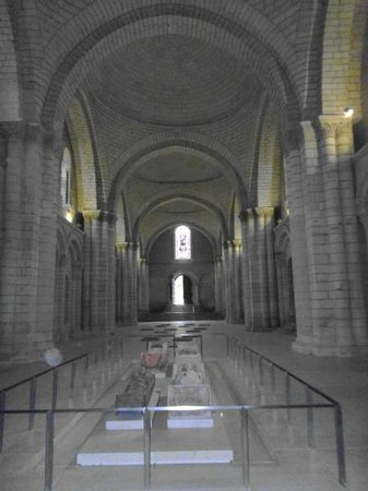 Abbaye Royale de Fontevraud : Fontevraud  view from the nave