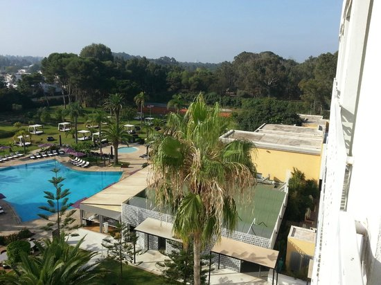Sofitel Rabat Jardin des Roses : encore la piscine