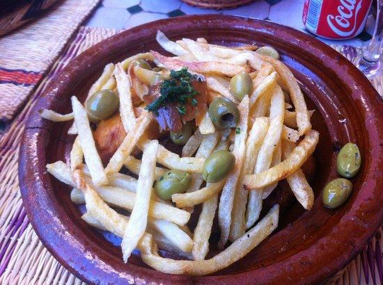 0a0159ca93f0 Snack Ensemble Artisanal tajine poulet avec frite - Picture of ...