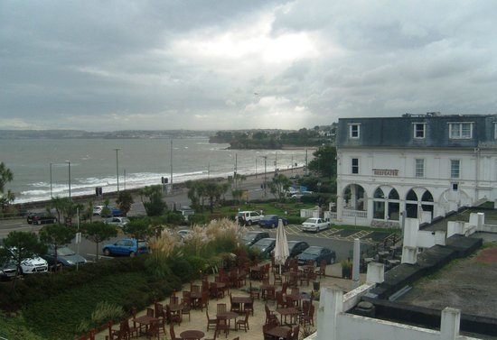 Premier Inn Torquay Hotel: View from 611 across the bay