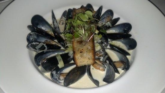 Peter Shields Inn & Restaurant: Mussels