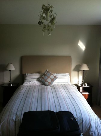 Riverside House B&B: Room