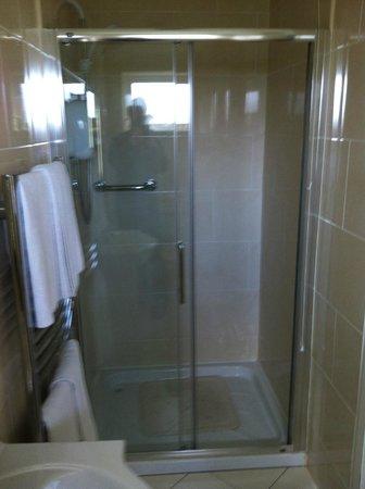 Riverside House B&B: Bathroom