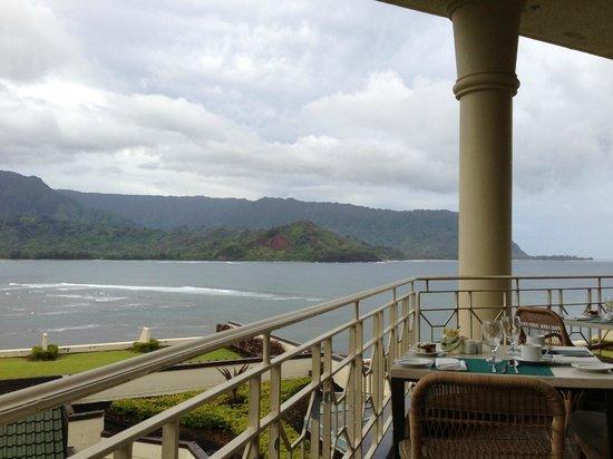 St. Regis Princeville Resort: Morning Breakfast On  Restaurant Balcony