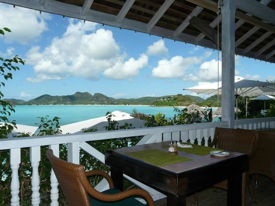 Cocobay Resort: Views from the dining area were breathtaking