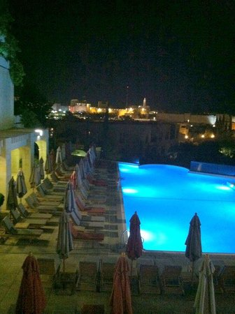 David Citadel Hotel : Heavenly day and night