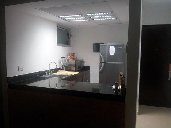 Hotel Bambu Suites: Cocina