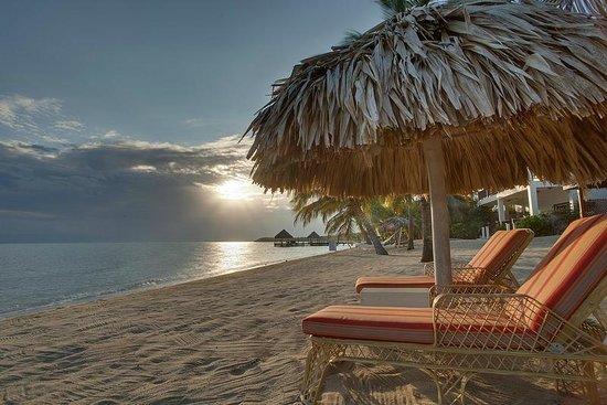 Almond Beach Resort & Spa : Our Beach