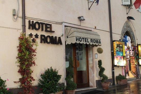 Roma Hotel : esterno
